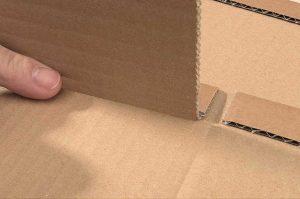 Universal-Versandverpackungen aus brauner Wellpappe - Karton mit Aufreißfaden und Selbstklebeverschluss